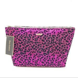 Betsy Johnson Leopard pouch / Cosmetic bag